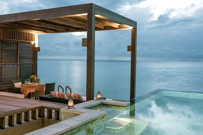 Water Villa with Pool - Outdoor Dining