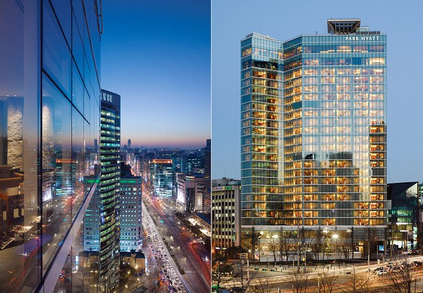 Hotel Exterior & Seoul City Night View
