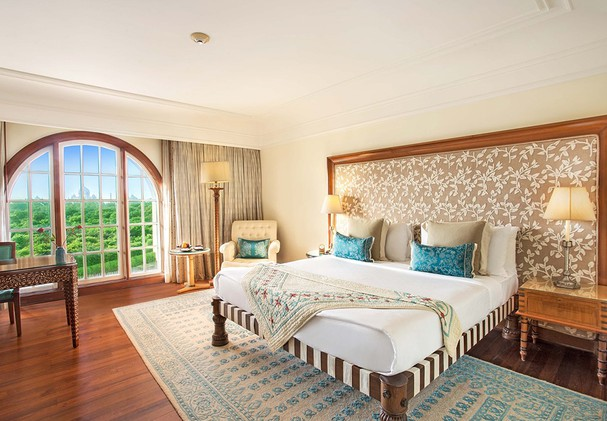 The Oberoi Amarvilas - Premier Room