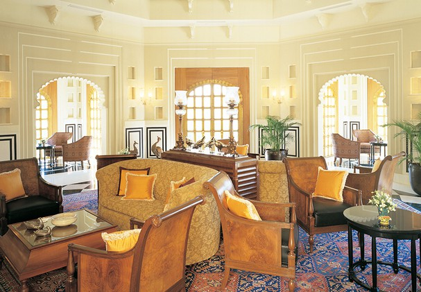 The Oberoi Udaivilas - The Bar
