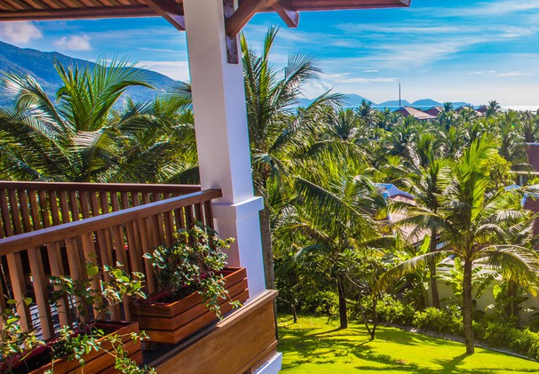 Family Hill Villa with Private Pool Three Bedroom
