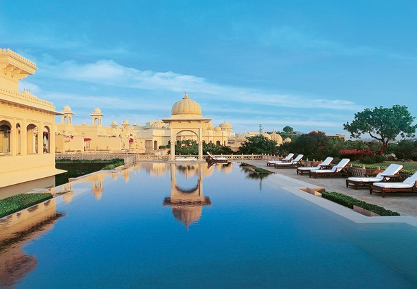 The Oberoi Udaivilas - Pool