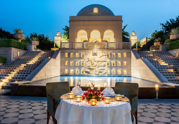 The Oberoi Amarvilas - Dining