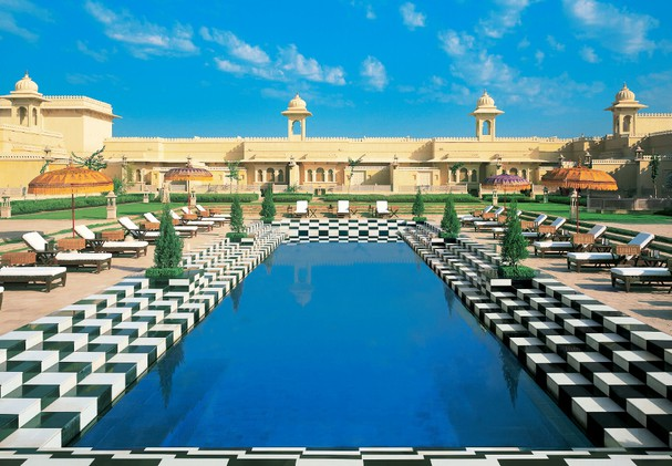 The Oberoi Udaivilas - Main Pool